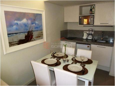 Apartamentos En Playa Brava: Gor15921a