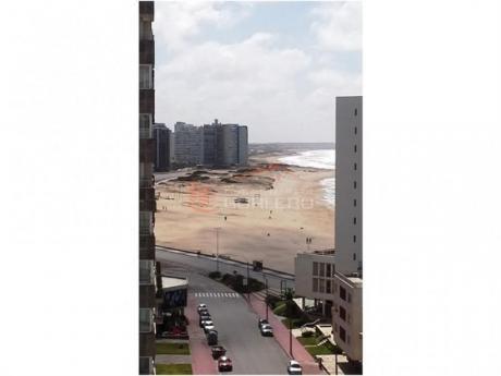 Apartamentos En Península: Gor16289a