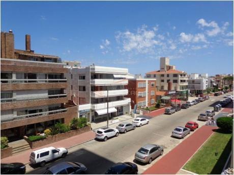 Apartamentos En Península: Gor16404a