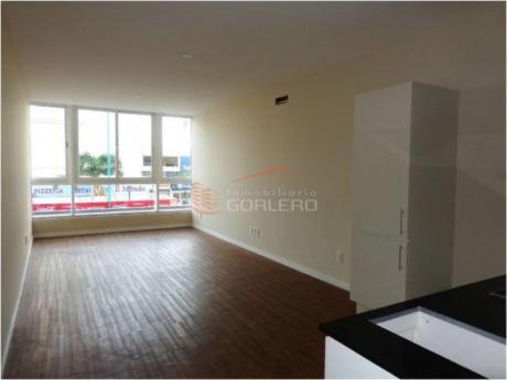 Apartamentos En Península: Gor17060a