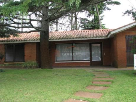 Casas En Playa Mansa: Gor17231c