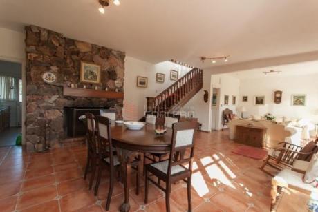 Casas En Playa Mansa: Gor25322c