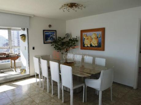 Apartamentos En Península: Gor25339a