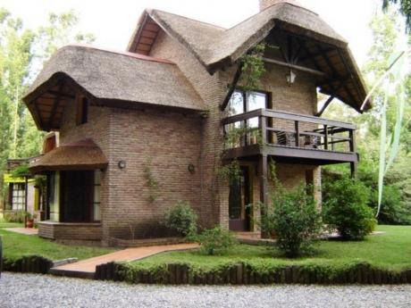 Casas En Bella Vista