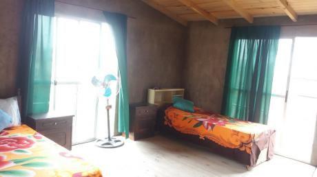 Casa Duplex En Punta Del Diablo Para 8 Personas