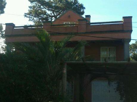 Hermosa Casa En Montoya