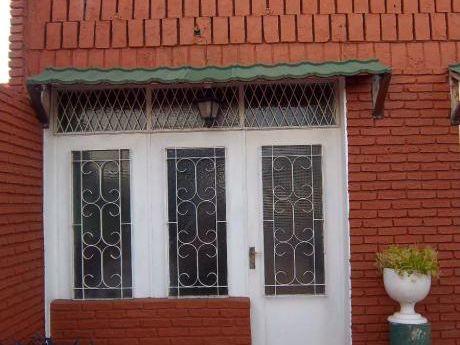 Precioso Apartamento En Termas Daymán, A Dos Cuadras.