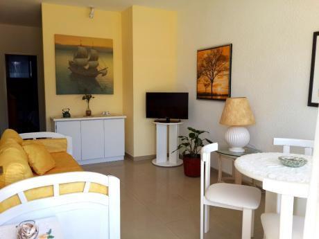 Apartamento En Punta Del Este A 2 Cuadras Del Puerto