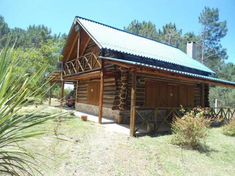 Cabaña De Troncos Hermosa Para 6 Personas