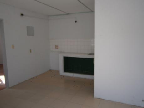 Apartamento En Las Acacias