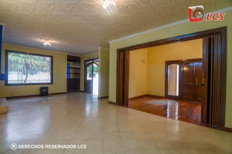 A0105 Alquilo Residencia En Barrio Mburicao
