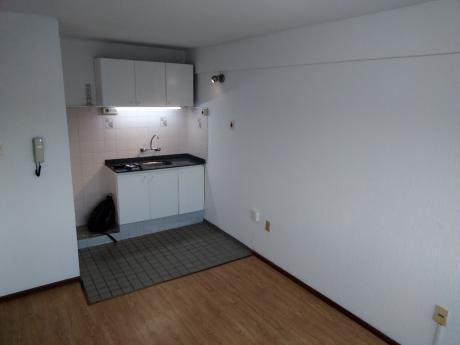 Oportunidad!! Cómodo Apartamento!! Inmejorable Punto!!