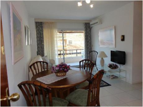 Apartamentos En Península: Add1107a