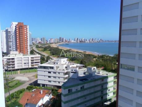 Apartamentos En Playa Mansa: Add1133a