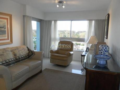 Apartamentos En Playa Mansa: Add1138a
