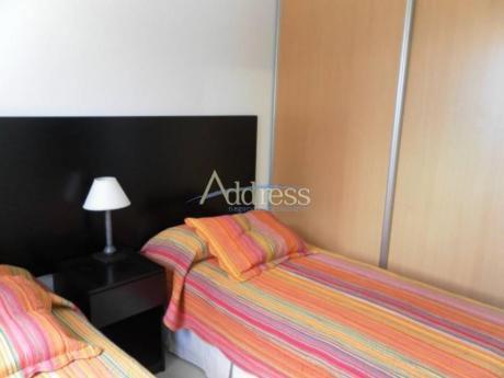 Apartamentos En Playa Mansa: Add1171a