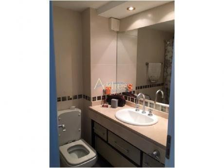 Apartamentos En Playa Mansa: Add1744a