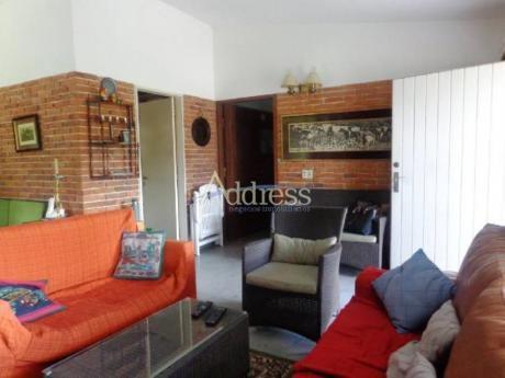 Casas En Playa Mansa: Add2310c