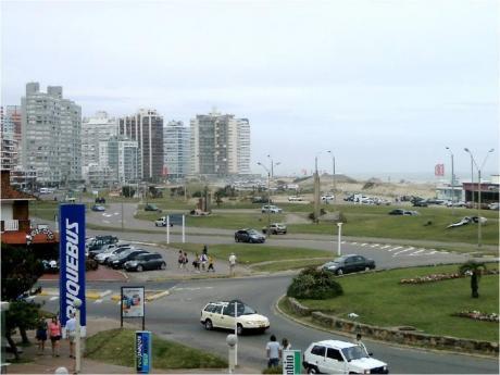 Apartamentos En Península: Zda1244a