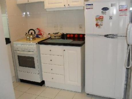 Apartamentos En Playa Mansa: Zda1304a