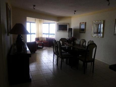 Apartamentos En Playa Brava: Zda1632a