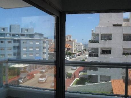 Apartamentos En Península: Zda1696a