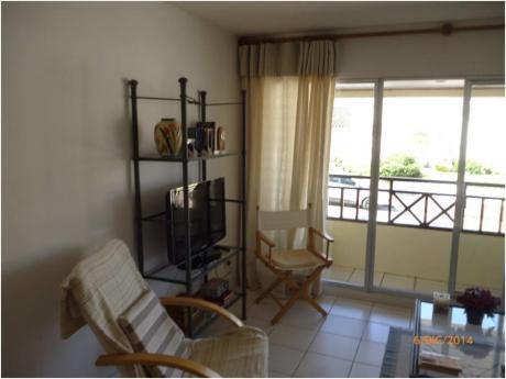 Apartamentos En Península: Zda1993a