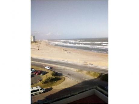 Apartamentos En Península: Zda2014a
