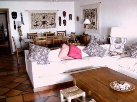 Apartamentos En Punta Ballena: Zda825a