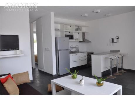 Apartamentos En Manantiales: Amo90a