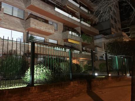 Excelente Oportunidad En Pocitos: Apto 3 Dorm, 3 Baños, Balcón Al Frente, Garaje