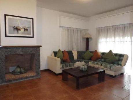 Casas En Playa Brava: Anc31c