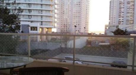 Apartamentos En Playa Mansa: Anc876a