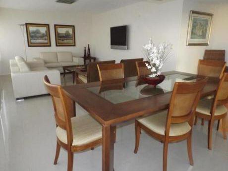 Apartamentos En Playa Brava: Anc892a