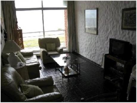 Apartamentos En Playa Brava: And1181a