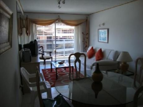 Apartamentos En Playa Brava: And167a