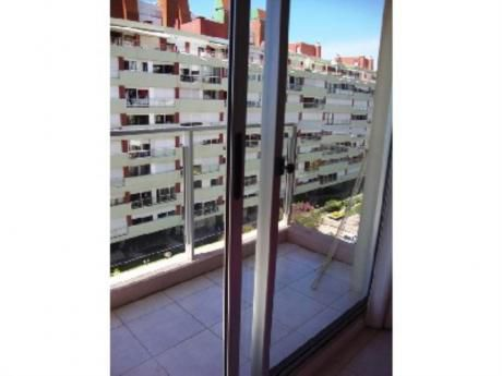 Apartamentos En Playa Brava: And2088a