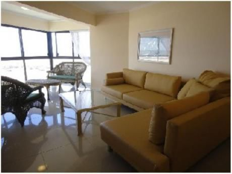 Apartamentos En Playa Brava: And2089a