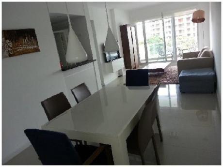 Apartamentos En Playa Brava: And3061a