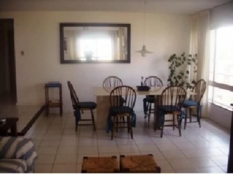 Apartamentos En Playa Brava: And330a