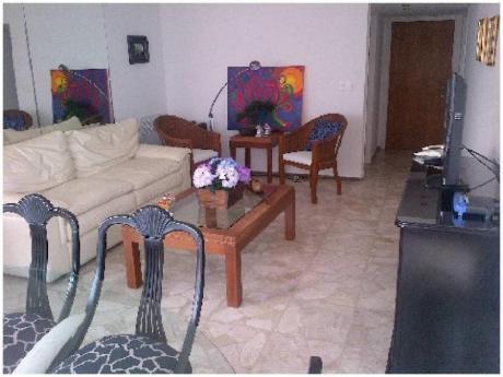 Apartamentos En Playa Mansa: And3793a
