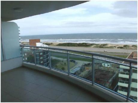 Apartamentos En Playa Brava: And3880a