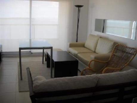 Apartamentos En Playa Mansa: And395a