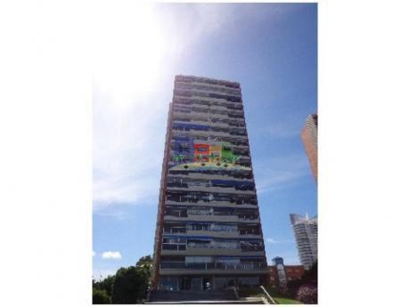 Apartamentos En Playa Mansa: Bbp11a