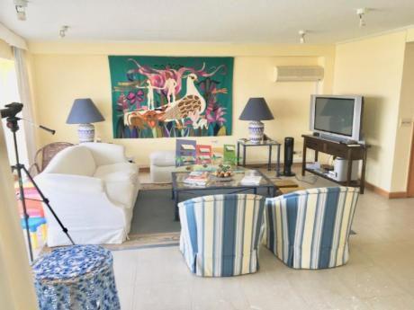 Apartamentos En Playa Brava: Bbp24a