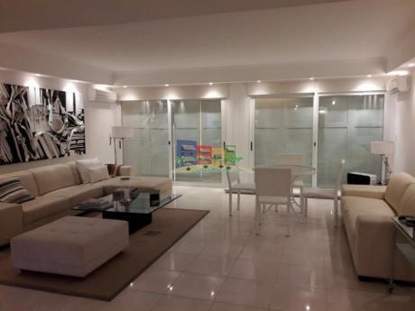 Apartamentos En Playa Mansa: Bbp33a