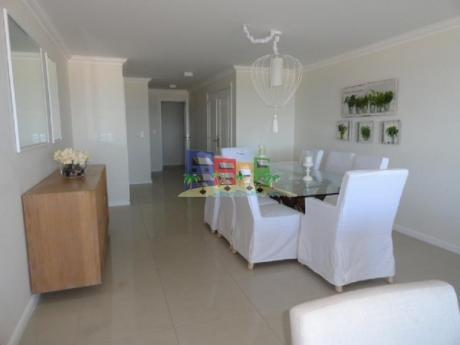 Apartamentos En Playa Brava: Bbp35a