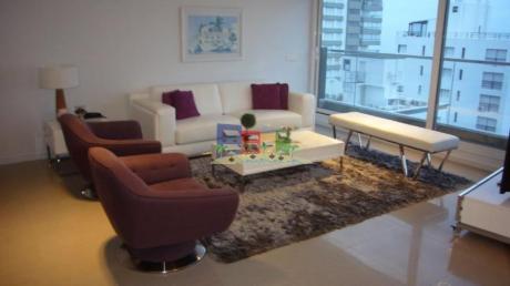 Apartamentos En Playa Mansa: Bbp43a