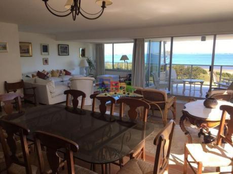 Apartamentos En Playa Mansa: Bbp7a