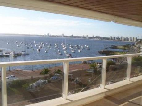Apartamentos En Península: Bla1101a